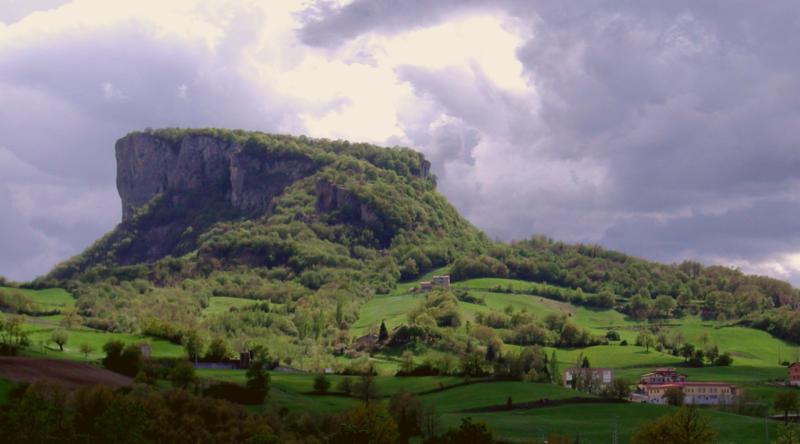 pietra di bismantova, lambrusco territory
